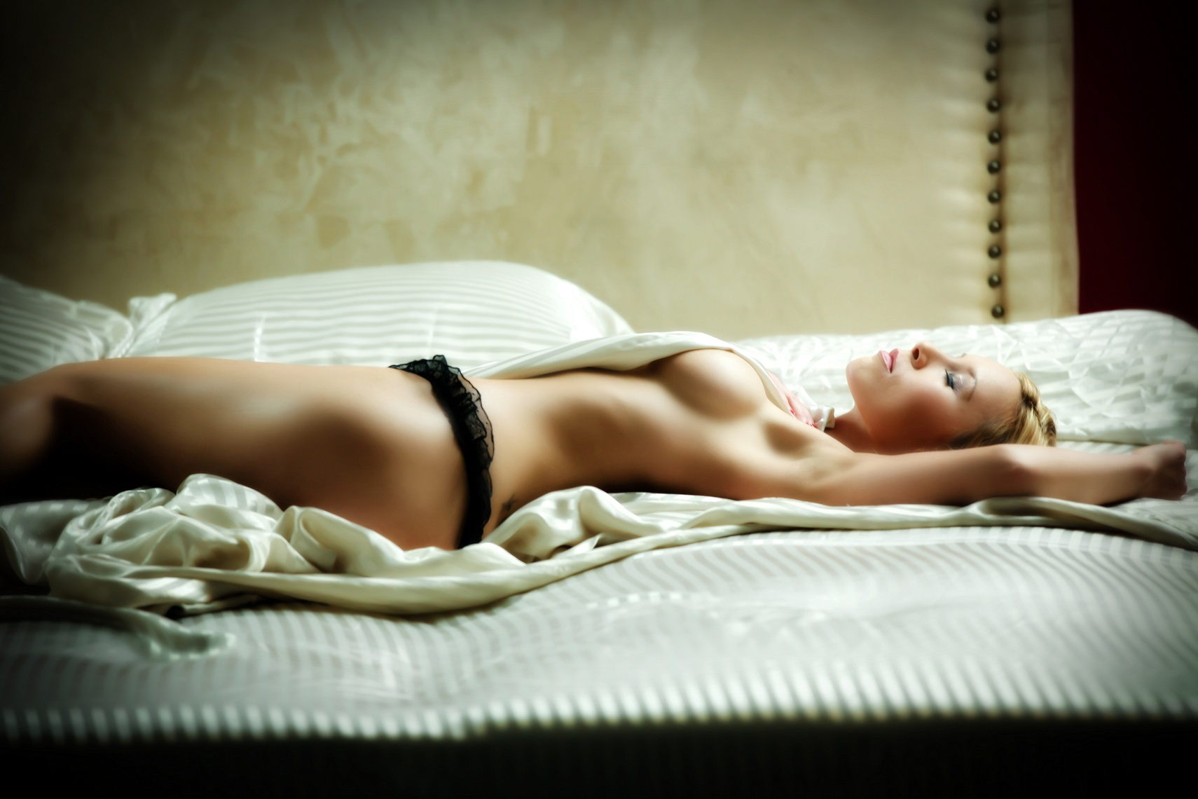058Boudoirforwwebsite